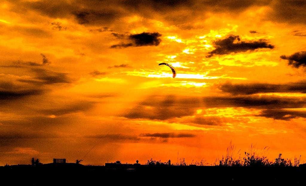 Autumn sky over Tempelhofer Feld   © sebaso / Flickr