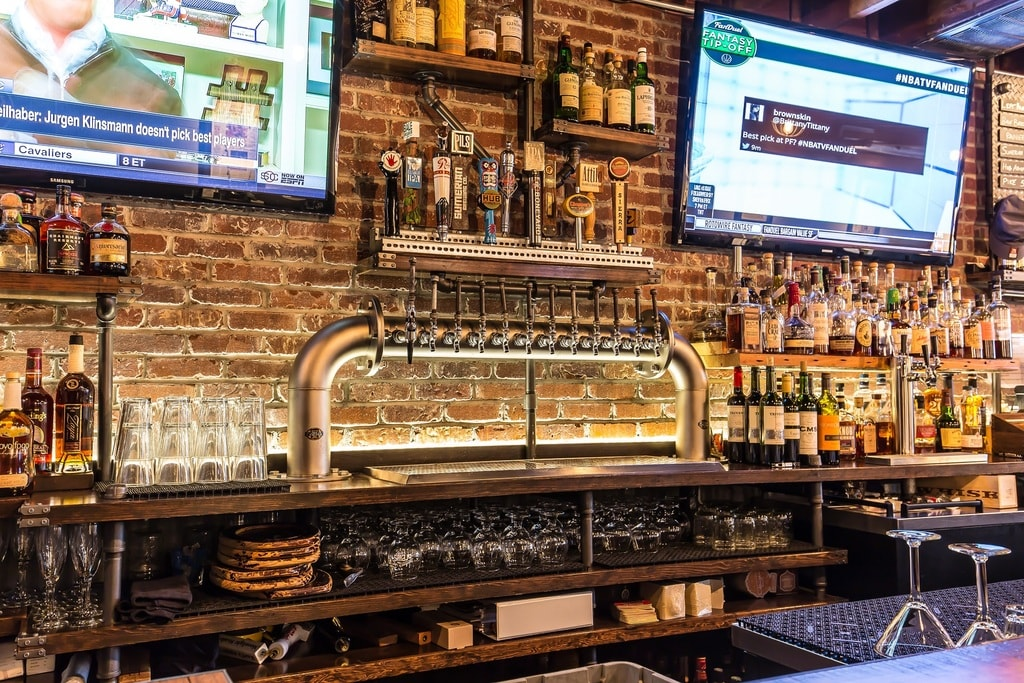 The Best Sports Bars in Seattle