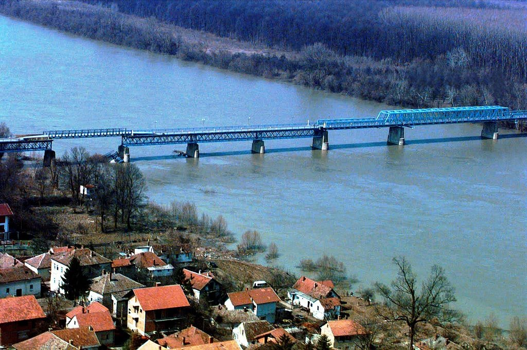 Brčko Bridge connecting Bosnia and Croatia | © Alejandro Francisco/WikiCommons
