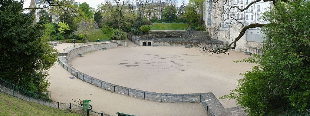 1024px-Arenes_de_Lutece_April_24,_2012