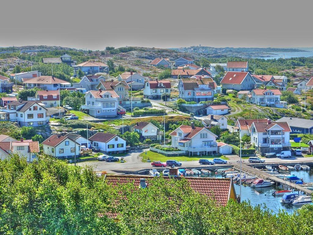 1024px-Björkö_hamn