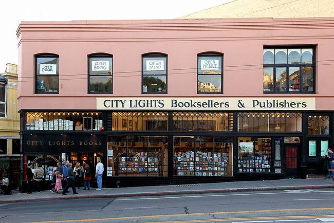 1024px-City_Lights_Bookstore