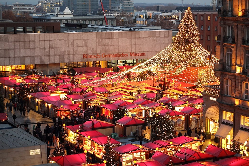 christmas market at the dom - Cologne Christmas Market