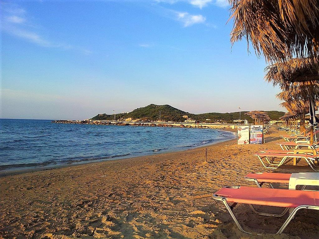 1024px-Zakynthos_290_90,_Greece_-_panoramio_(3)