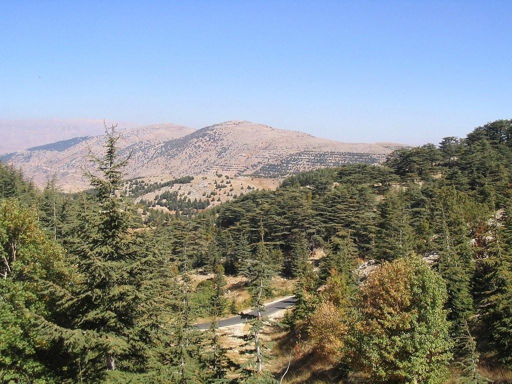 1280px-Barouk_Mountain