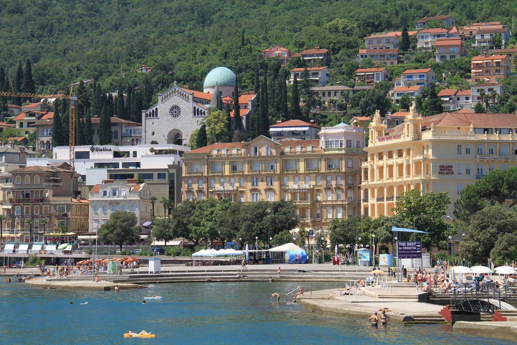 Opatija I | © Ronnie Macdonald/Flickr