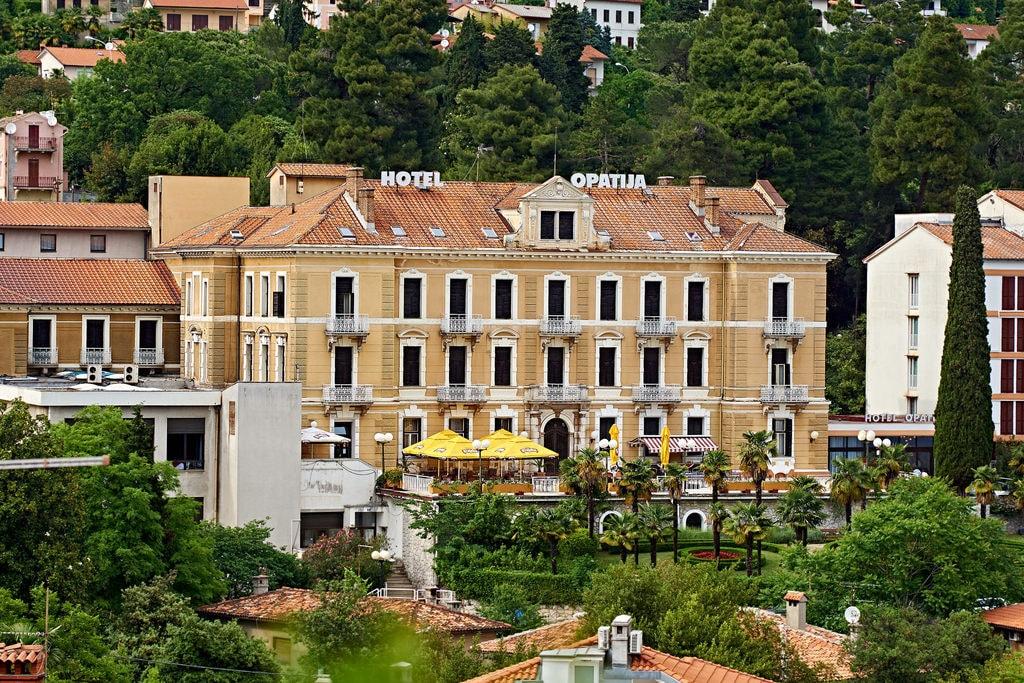 Hotel Opatija | © Jenud/Flickr