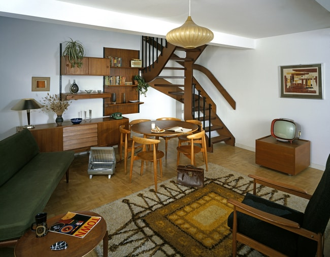 Visit the geffrye museum before it closes or just take for Living room 507