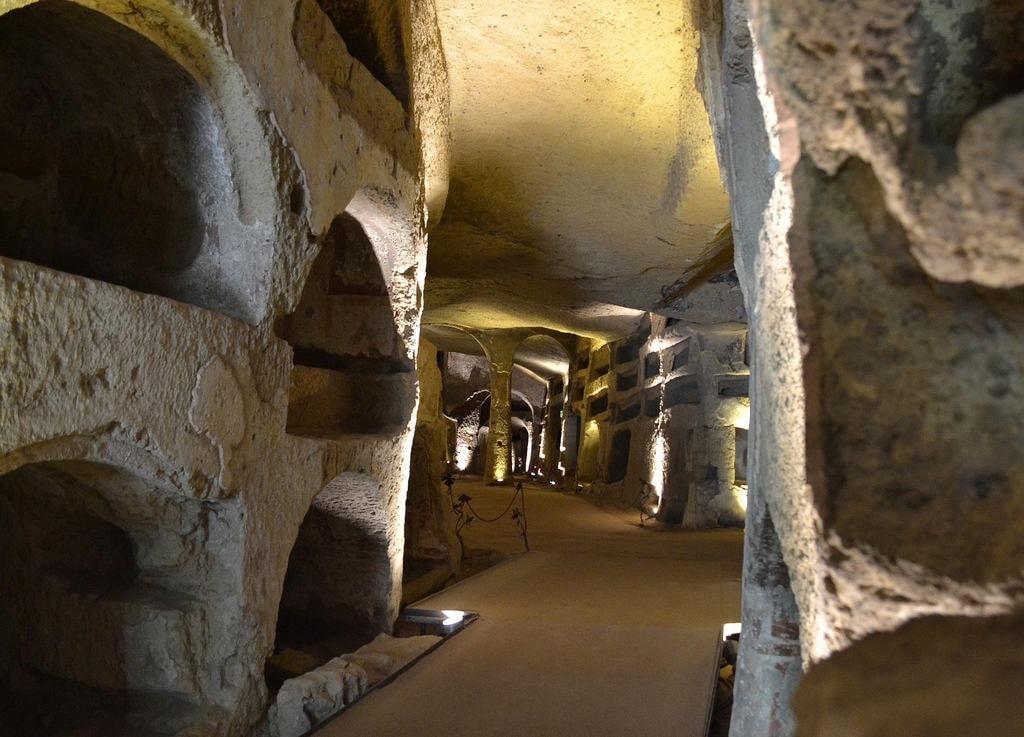 Catacombs of San Gennaro | © Giuseppe Guida/Flickr