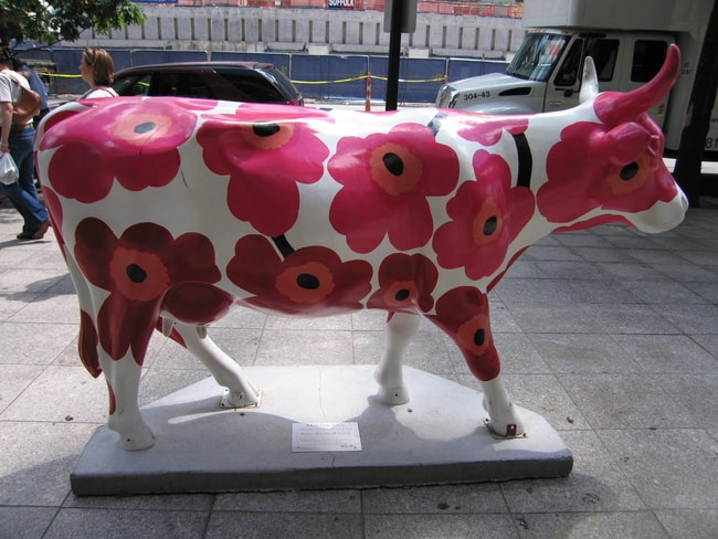 Marimekko patterned cow sculpture in Boston | © Matt Chan / Flickr
