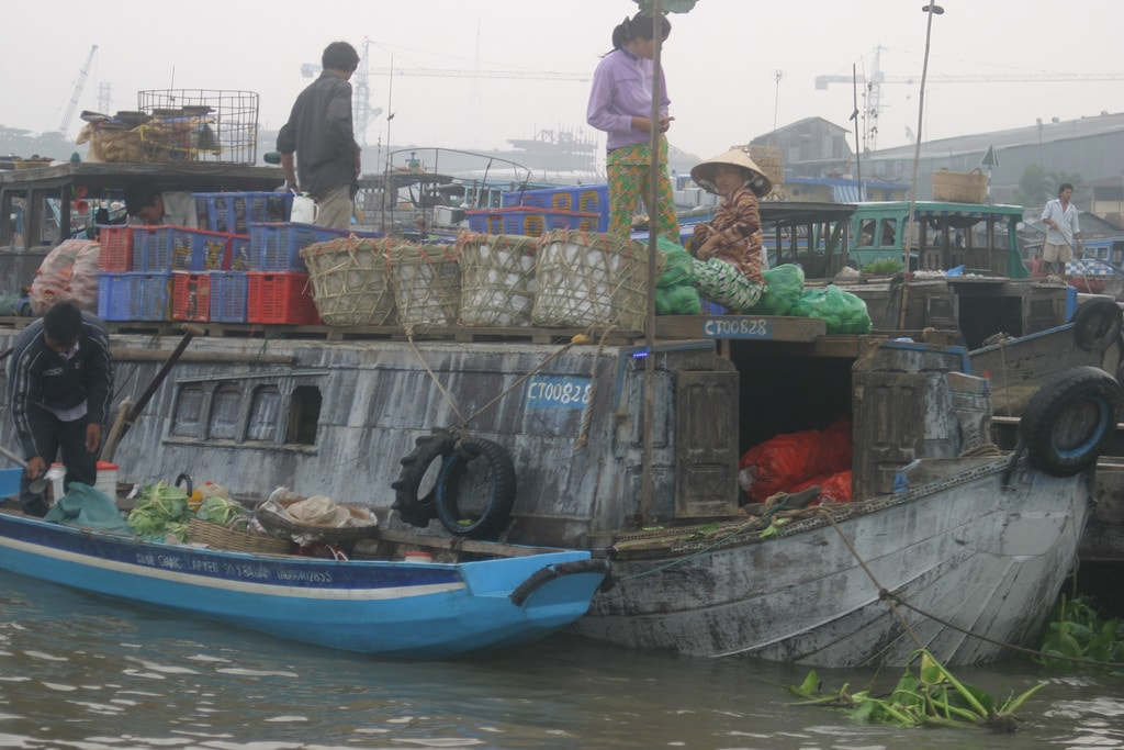 Cai Rang floating market in the Mekong Delta | © oft-quoted Mandrake Silvertongue/Flickr