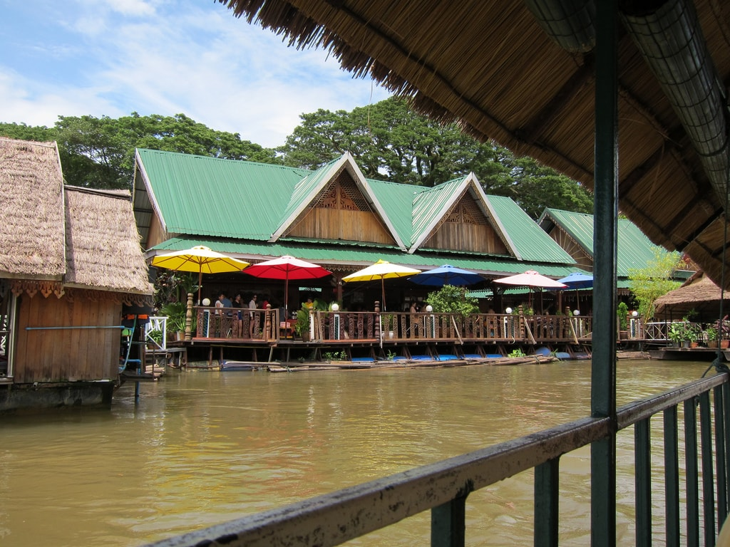Thangon Floating Restaurants | © Nick Hubbard/Flickr