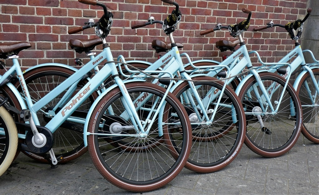 bicycles-2537348_1920