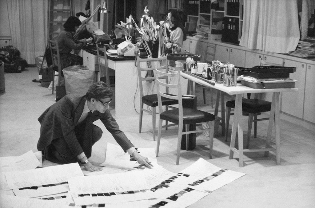 in paris mus e saint laurent brings a creative legacy to life. Black Bedroom Furniture Sets. Home Design Ideas