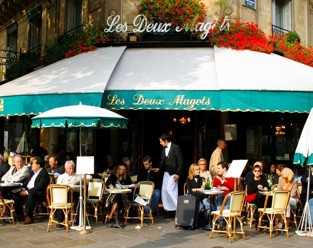 cafe- PARIS SKEEZE VIA PIXABAY