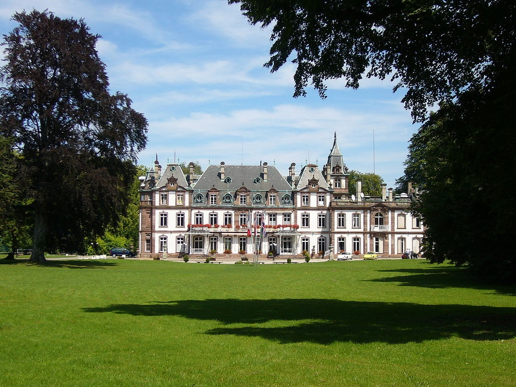 Chateau de Pourtales Strasbourg by Jonathan M via Wikicommons