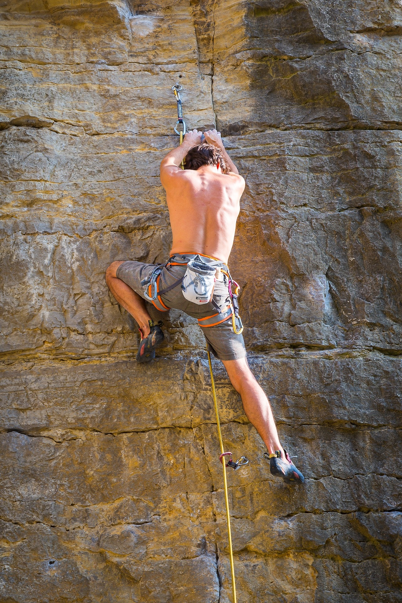 climb-2805903_1920
