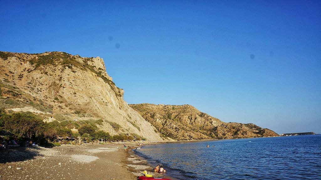 Dafni_Beach_-_panoramio