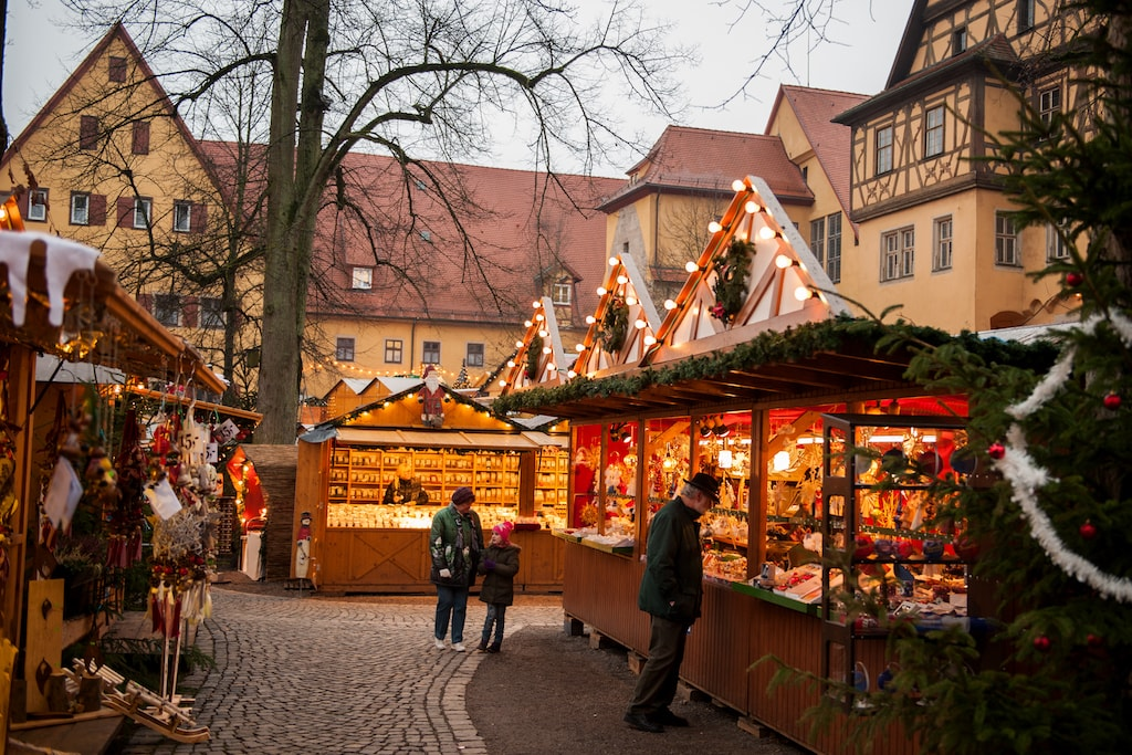 the best christmas markets between nuremberg and rothenburg. Black Bedroom Furniture Sets. Home Design Ideas