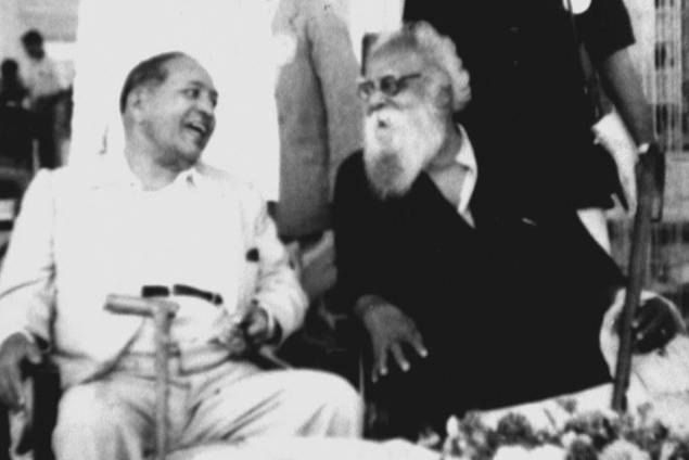 Dr.Ambedkar_with_Periyar