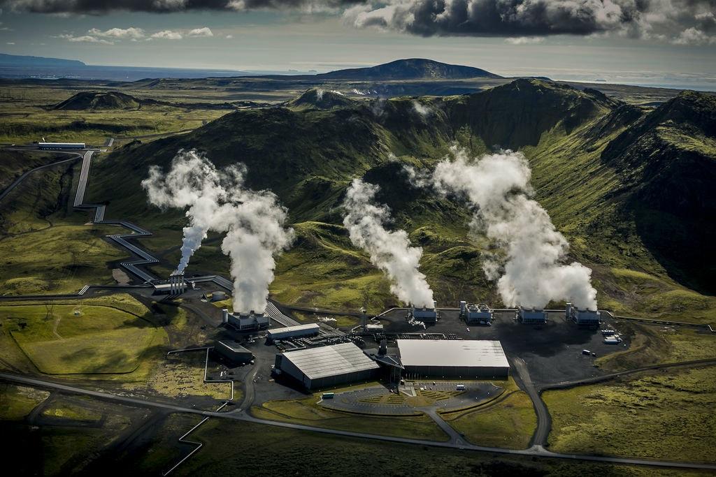 Hellisheidi Power Plant in Iceland | © Arni Saeberg