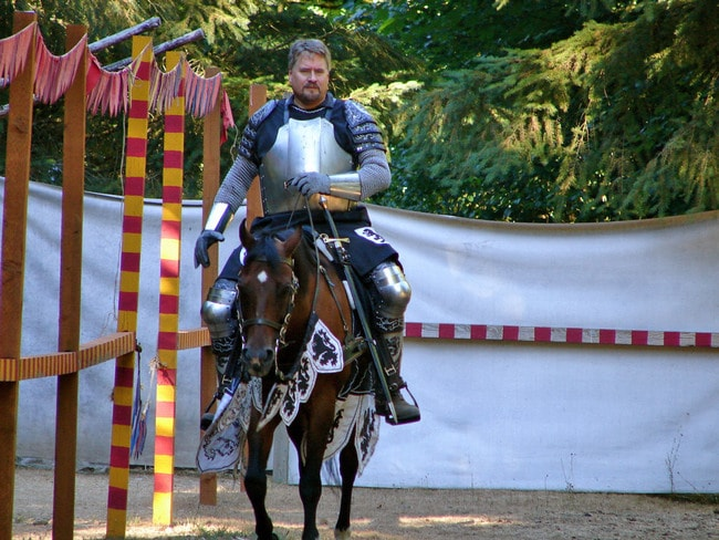 Knight at Camlann Village | © Matt / Flickr