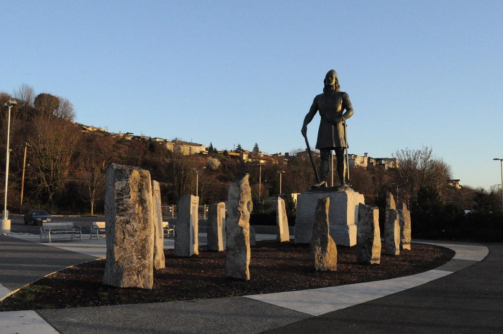 Leif Erikson statue in Seattle   © Joe Mabel : Flickr