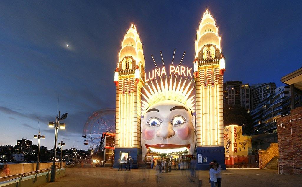 Luna Park | © Adam.J.W.C./Wikimedia Commons