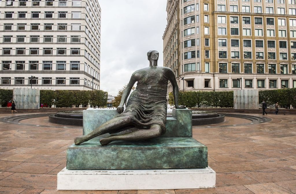 Henry Moore's 'Draped Seated Woman at Cabot Square', Canary Wharf | Photo: Lucy Young 2017