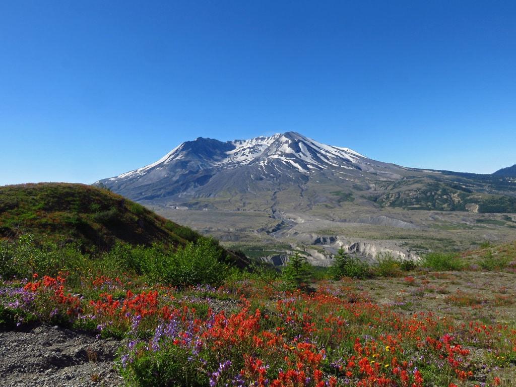 Mt. St. Helens National Monument | © Jeff Hollett / Flickr