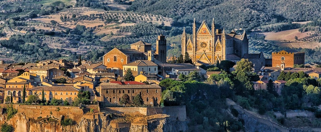 Orvieto is just one of many day trips easy accessible from Rome | © Gia2002/WikiCommons