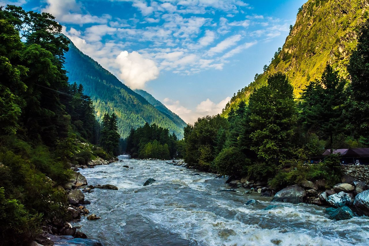 Parvati_Valley_river_kasol