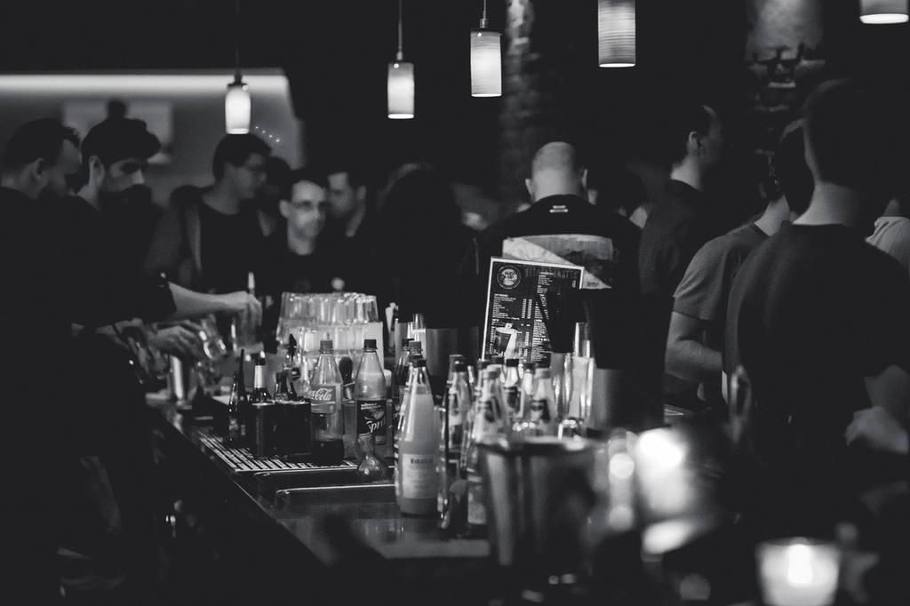 Bar | © pexels