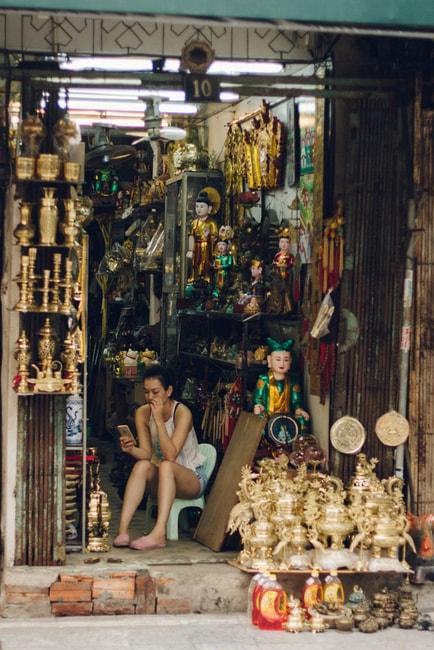 SCTP0014-POCOCK-VIETNAM-HANOI-STREETS-09-5-Hàng Quạt