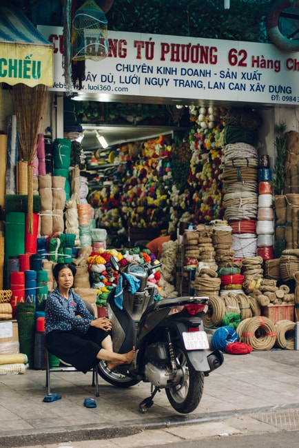 SCTP0014-POCOCK-VIETNAM-HANOI-STREETS-33-15-Hàng Chiếu