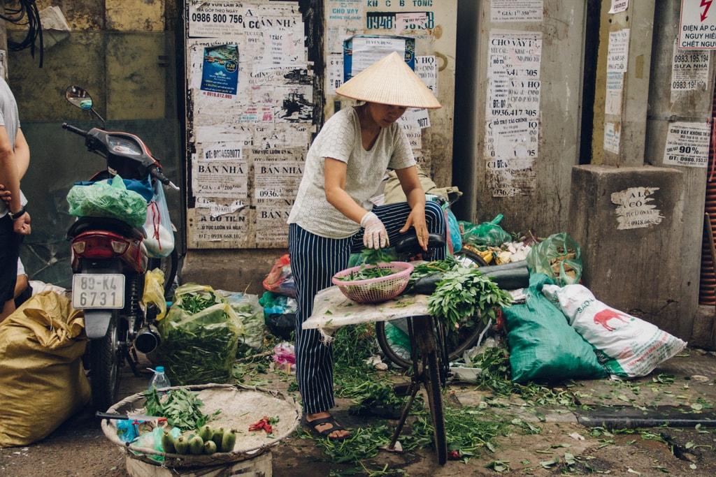 SCTP0014-POCOCK-VIETNAM-HANOI-STREETS-44-21-Thanh Hà