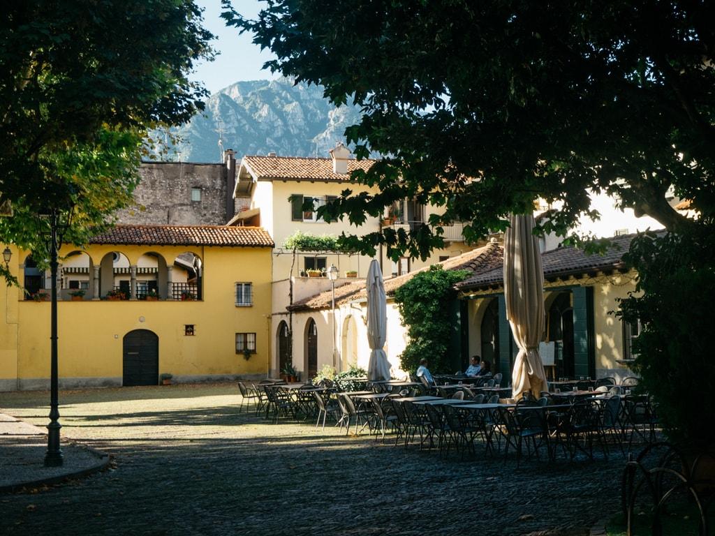 A tranquil courtyard in Lecco   Monika Prokůpková / © Culture Trip