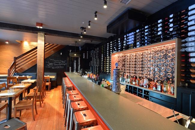 Tapavino Bar