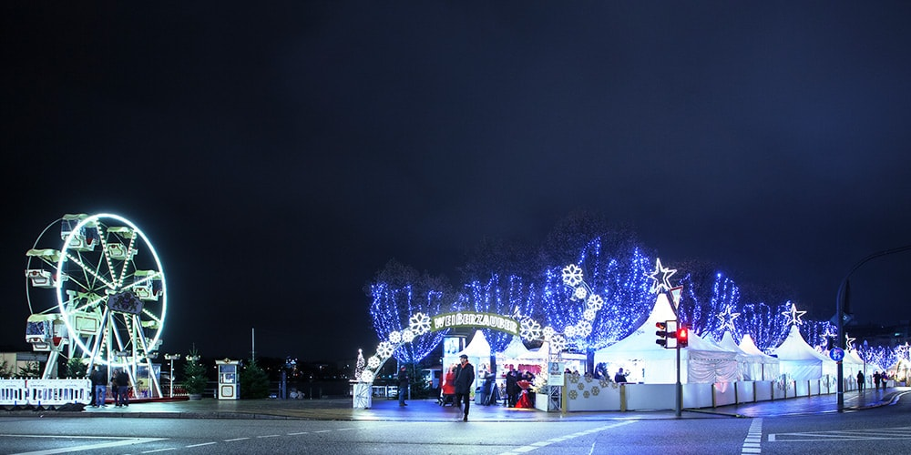 the best christmas markets in hamburg. Black Bedroom Furniture Sets. Home Design Ideas