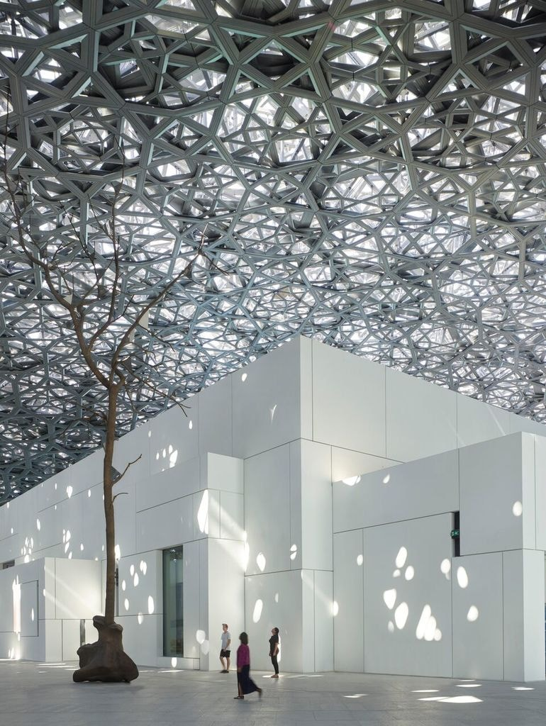 1. Louvre Abu Dhabi - Germination by Giuseppe Penone © Louvre Abu Dhabi – Photography Roland Halbe (1)_preview