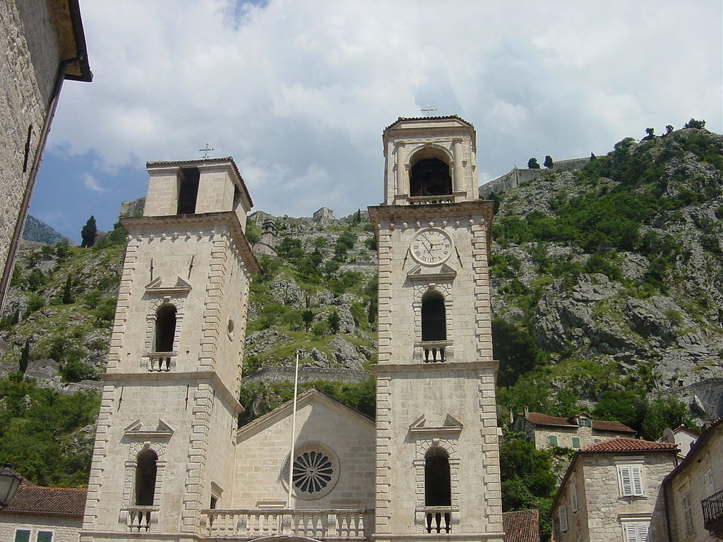 1024px-Cathedral_Kotor