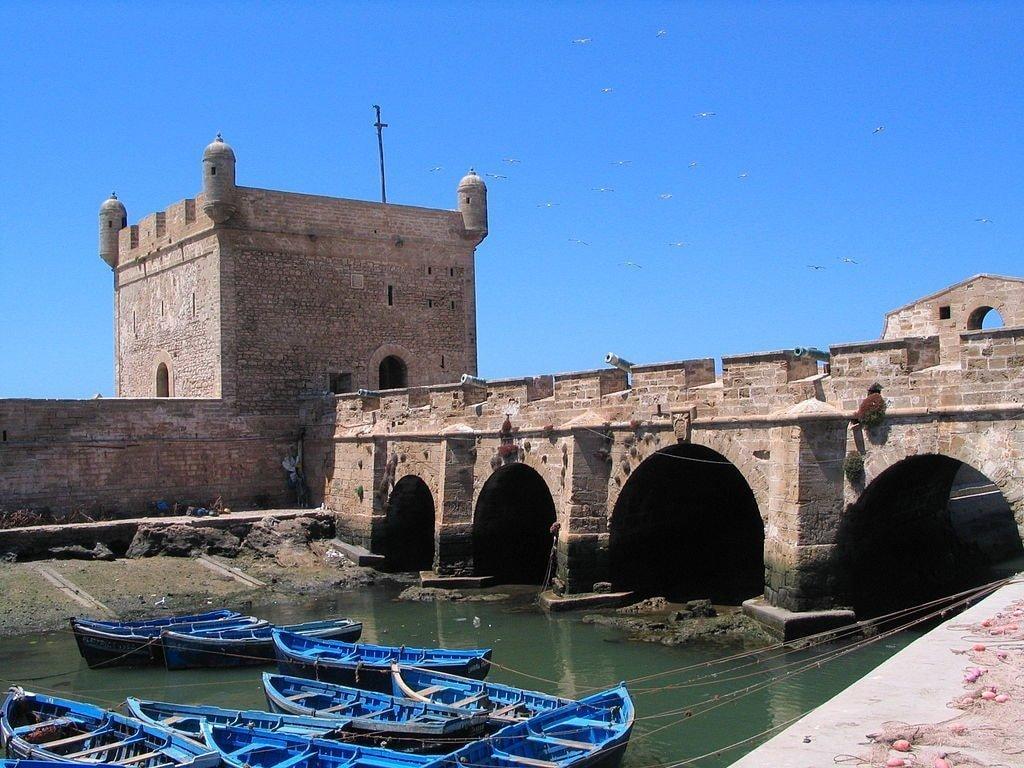 1024px-Essaouira_port_remparts_1134