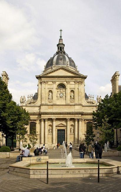 1024px-Façade_chapelle_Sorbonne_Paris
