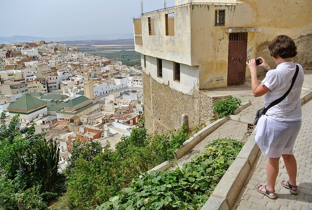 1024px-Moulay_Idriss_Zerhoun,_Morocco_-_panoramio_(2)