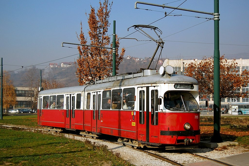 One of the trams in Sarajevo | © Milan Suvajac/WikiCommons