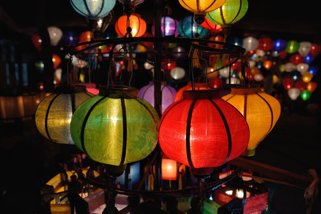 Lanterns for sale at night in Hoi An   © Tristan Schmurr/Flickr
