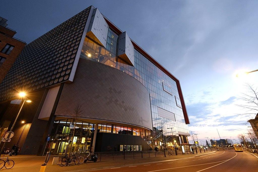 1200px-TivoliVredenburg_in_Utrecht_(33894441310) (2)