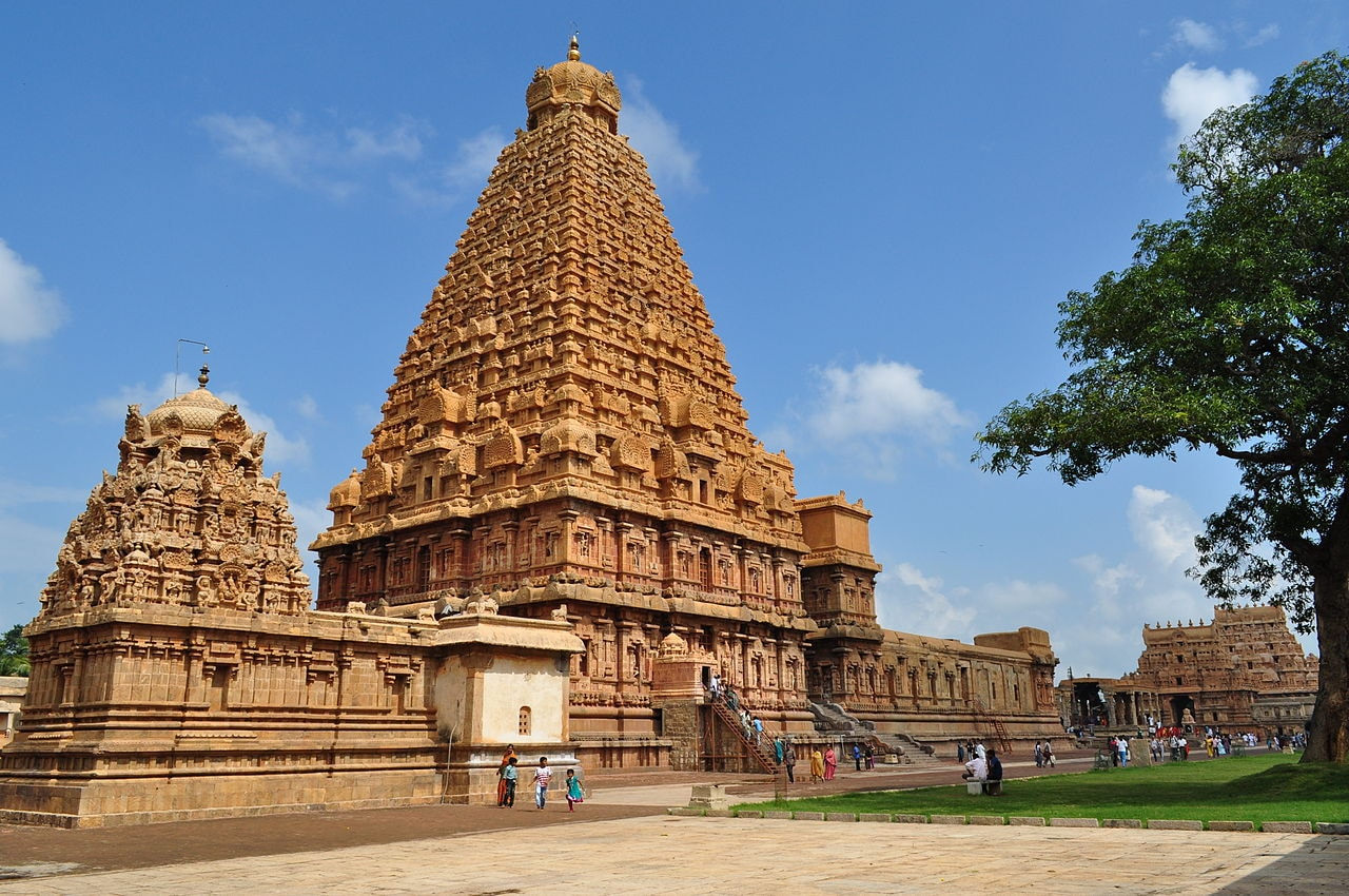 1280px-The_Big_Temple_Thanjavore