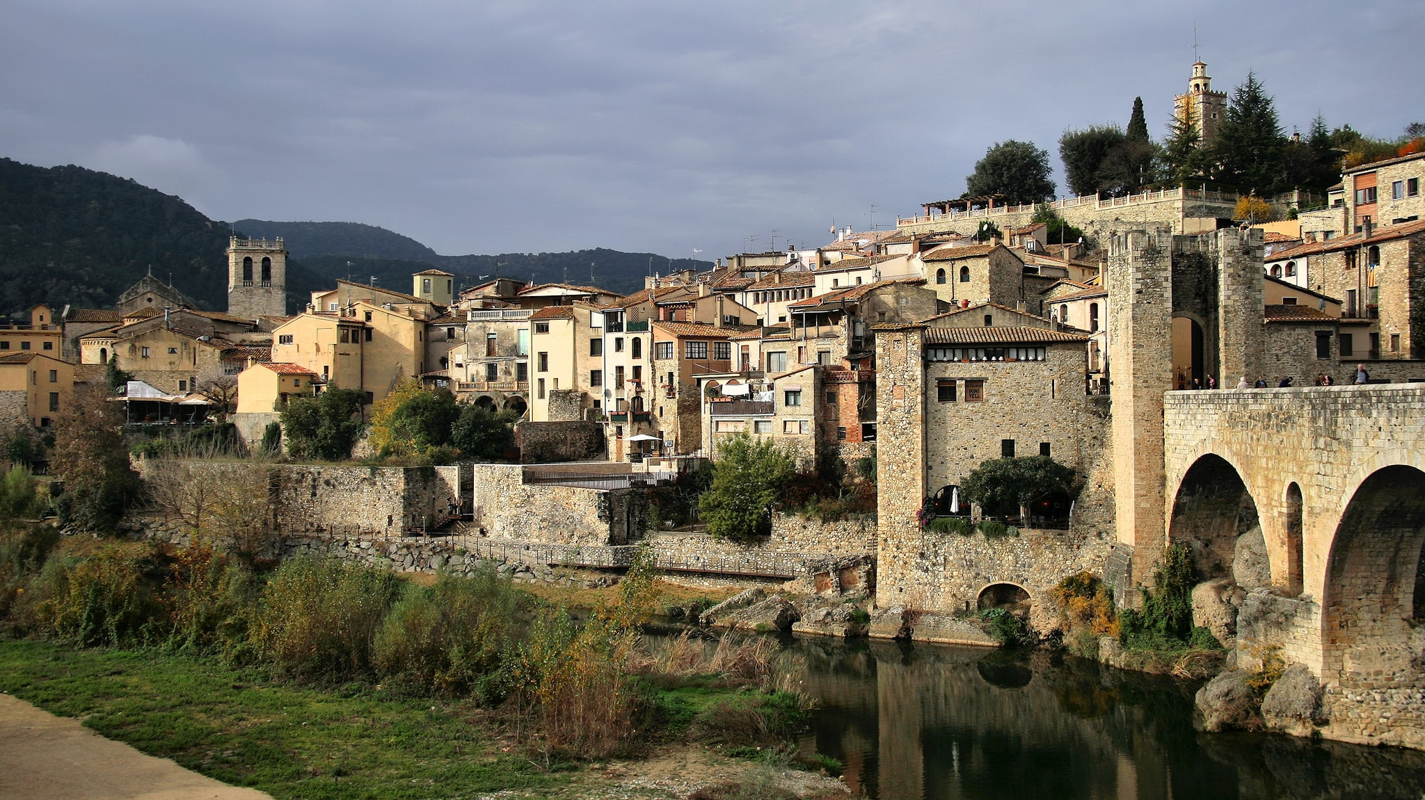 The Top 10 Things to See and Do in Besalú, Catalonia