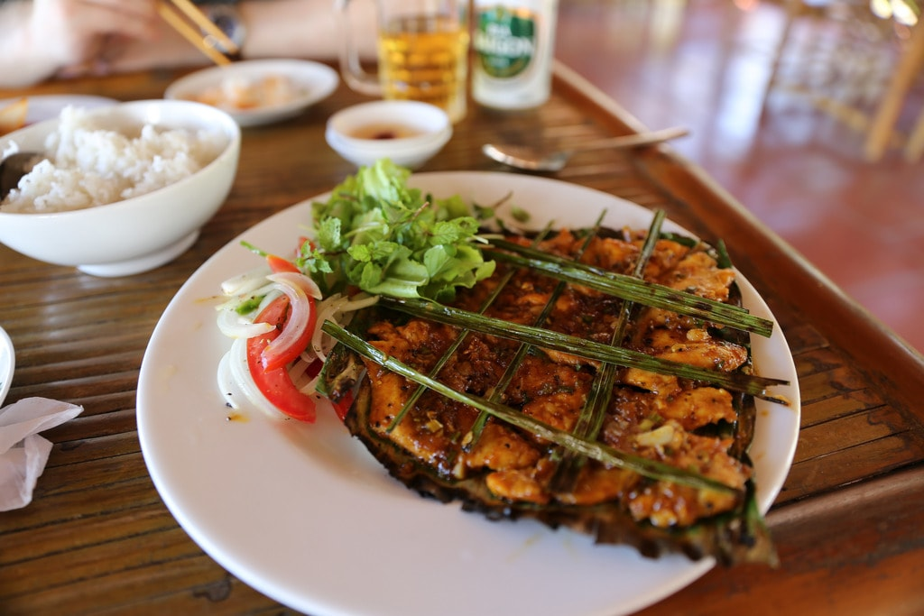 Local Vietnamese food in Hoi An   © Mack Male/Flickr